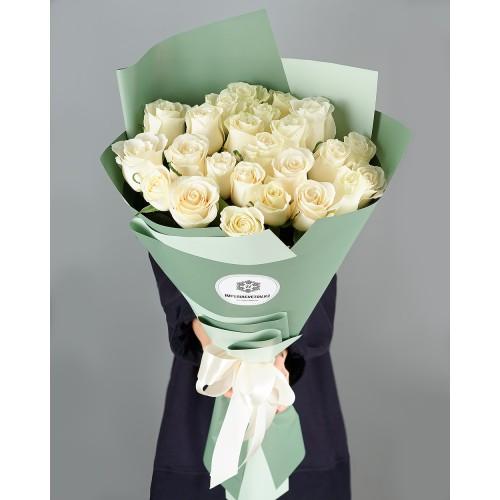 Купить на заказ Заказать Букет из 25 белых роз с доставкой по Атырау с доставкой в Атырау