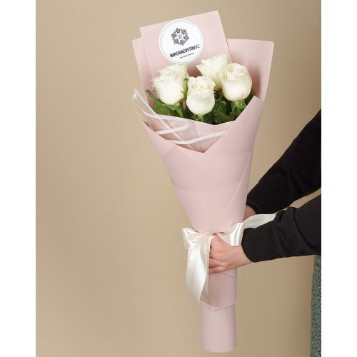 Купить на заказ Заказать Букет из 5 роз с доставкой по Атырау с доставкой в Атырау